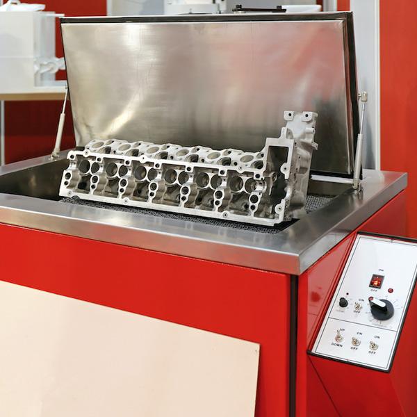 Car Engine Head in Ultrasonic Cleaning Machine